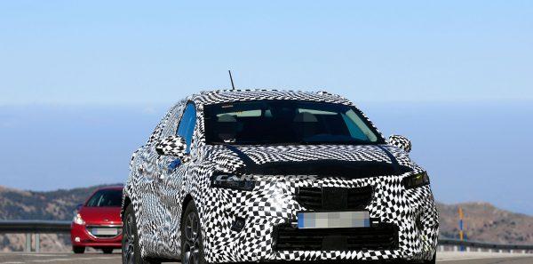 Spy Shots Nouveau Renault Captur