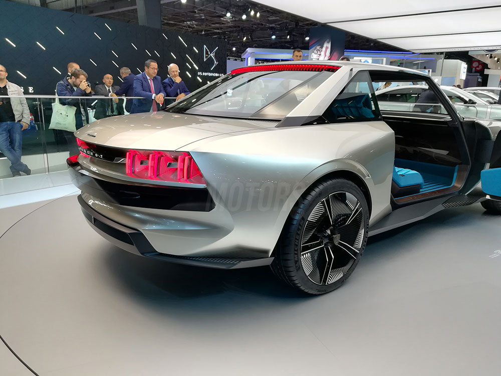 Peugeot-eLegend_142622.jpg