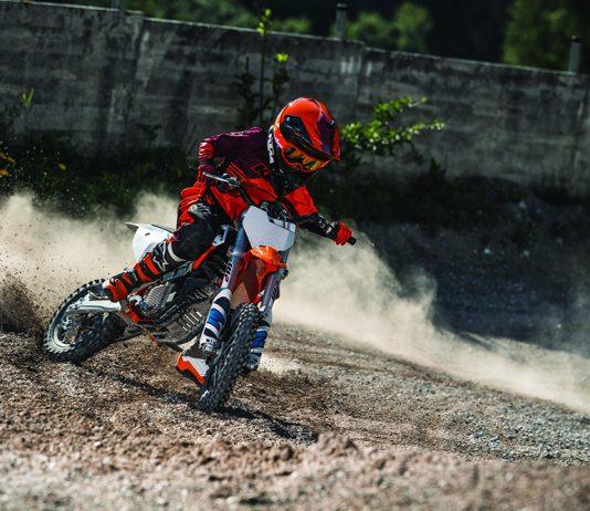 4 Action KTM SX-E 5 MY2020