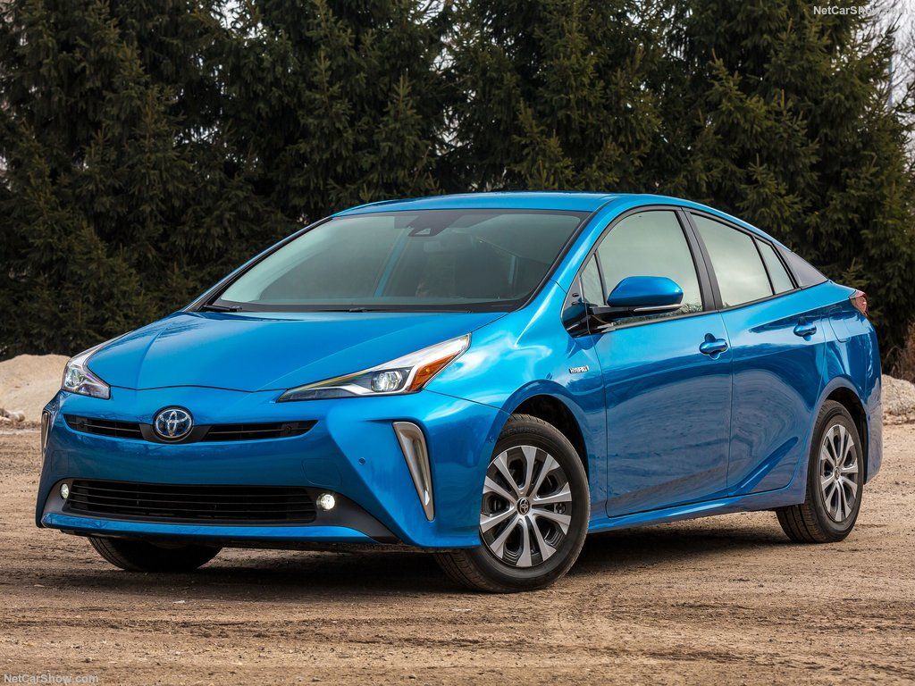 Toyota Prius 2019 receives the new AWD-e system - MOTORS ACTU